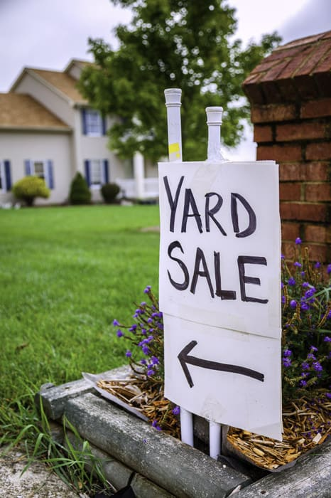 Closeup of a yard sale / garage sale sign