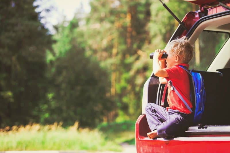 Non-toy gift ideas for kids! | Take the kids on an adventure and explore nearby places with a family road trip. Fun, unforgettable experience for kids.