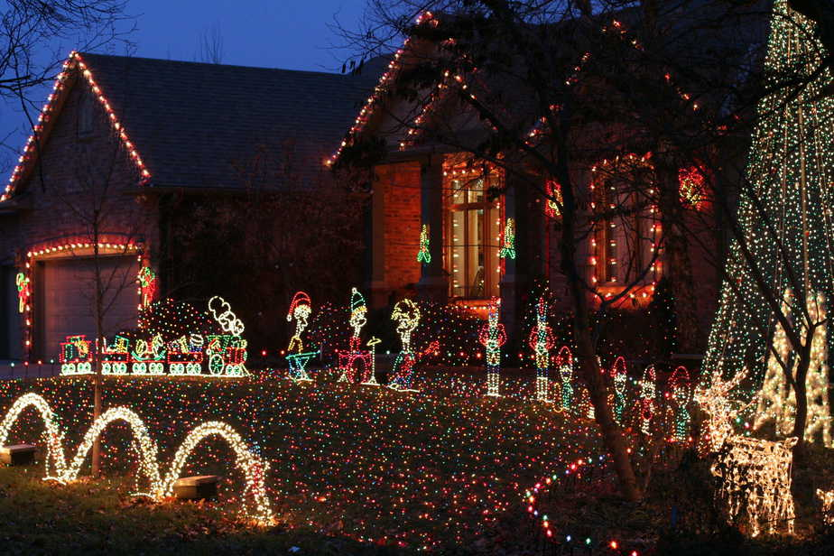 magic of christmas lights in Goddard KS