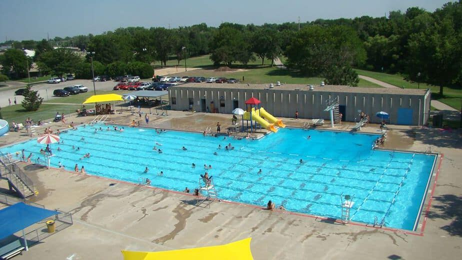 Haysville City Pool activities and recreation